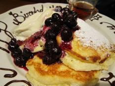 blueberrypancakeathashellcafeoct2015.jpg