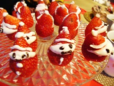 christmasparty22dec2014strawberrysanta.jpg