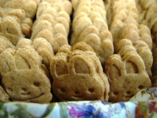 easterbunnycookies2014.jpg