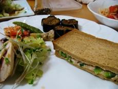 lunch280612.JPG